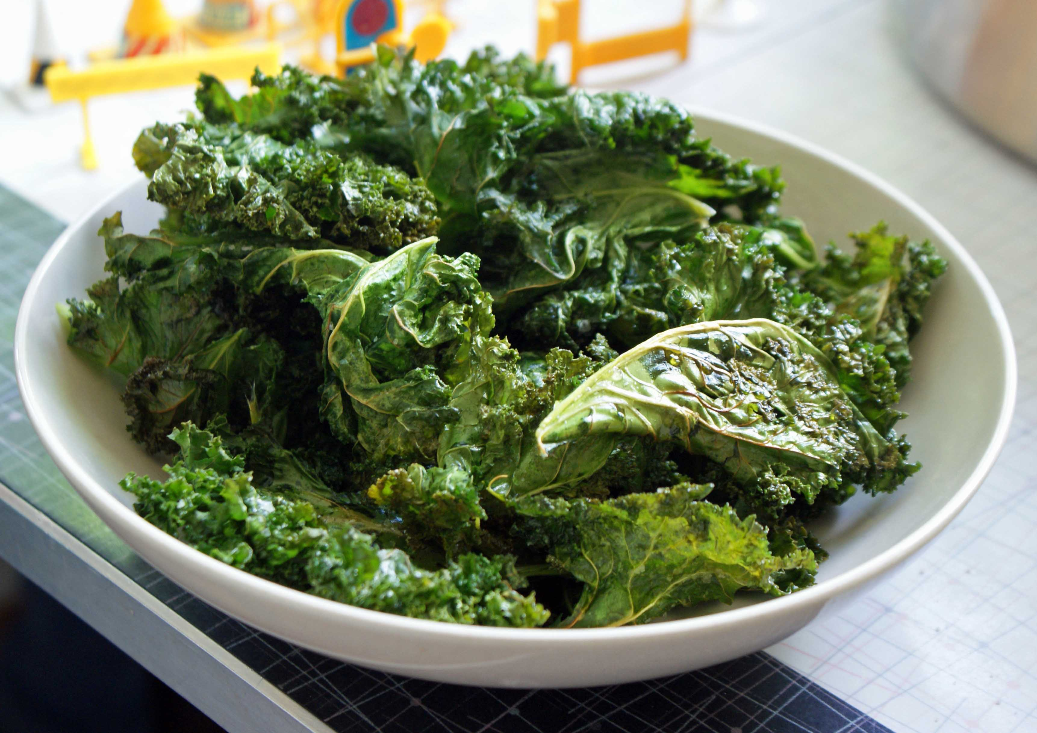 How to Make Kale Chips (3 minutes)