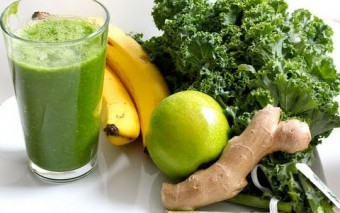 Green Detox Smoothie for Health and Beauty